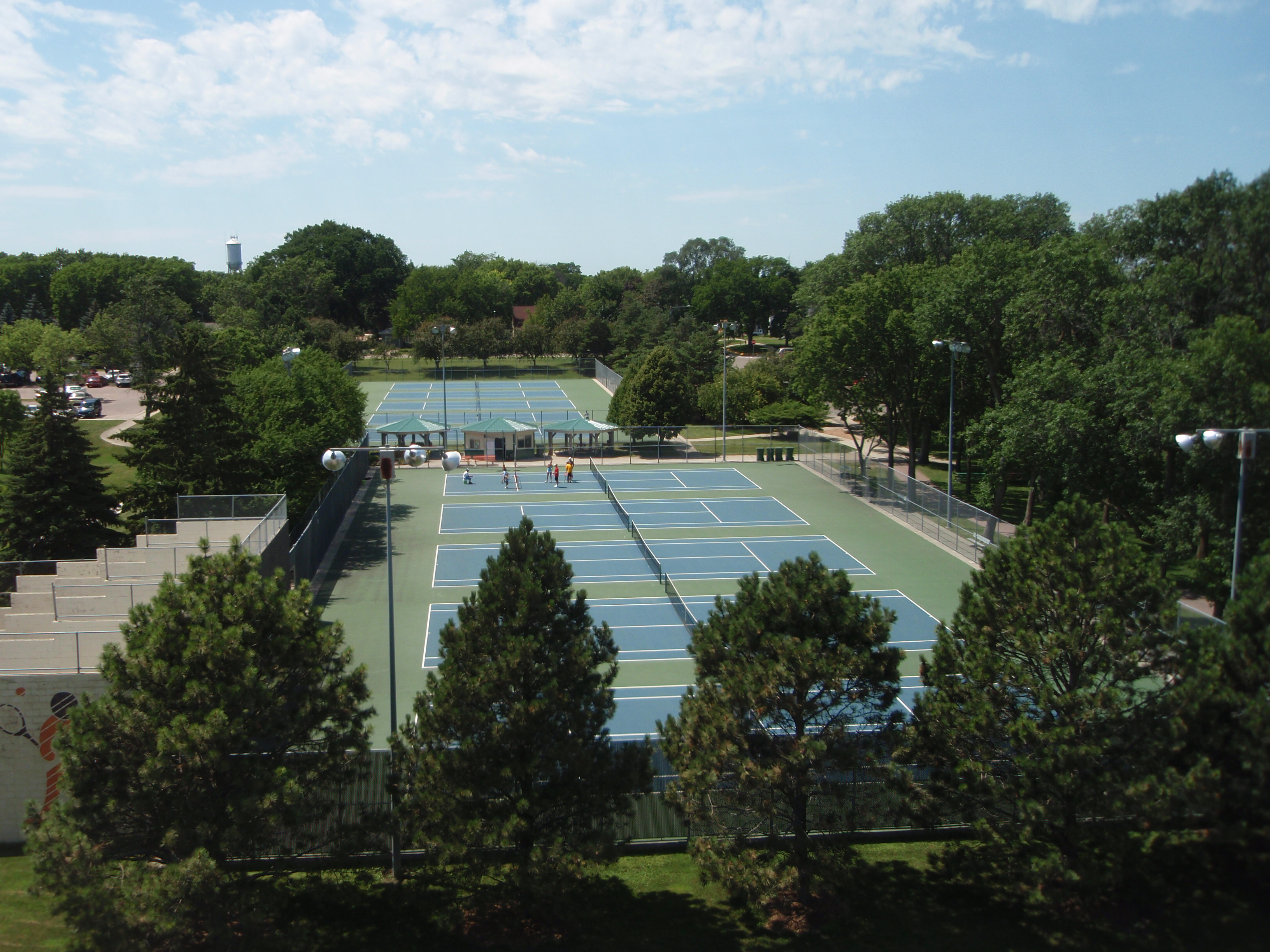 Hillcrest Tennis Courts